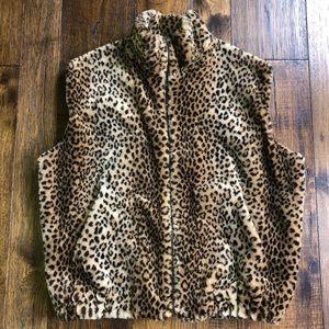 Bloomingdales Cheetah Leopard Animal print Vest